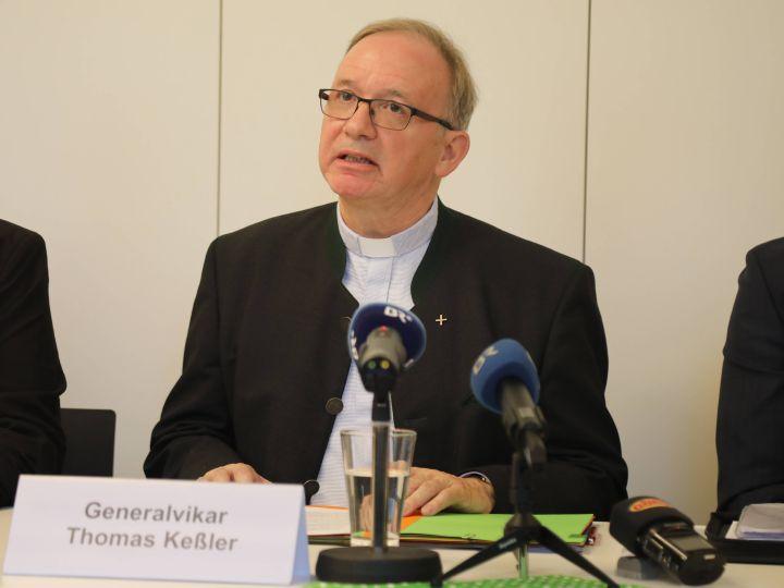 """""""Wir werden als Kirche von Würzburg missbräuchlichem Verhalten mit der gebotenen Entschlossenheit begegnen"""", bekräftigte der Generalvikar Thomas Keßler."""