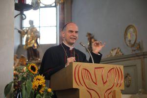 Ausführlich ging Bischof Dr. Franz Jung bei seinem Vortrag auf die kürzlich veröffentlichte bundesweite Missbrauchsstudie der katholischen Kirche ein.