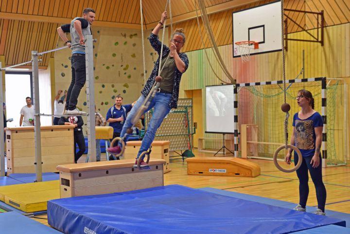 Beim zweiten Gesundheitstag der Caritas-Don-Bosco gGmbH am Schottenanger testeten die rund 700 Teilnehmer unterschiedliche Sportarten und erhielten Informationen zu gesunder Ernährung und Stressbewältigung.