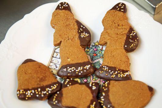 Die Lebkuchen-Nikoläuse gibt es erst am Nikolaustag.