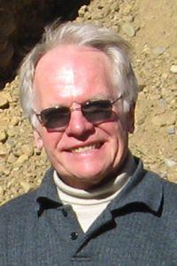 Pfarrer i. R. Josef Schnackig.