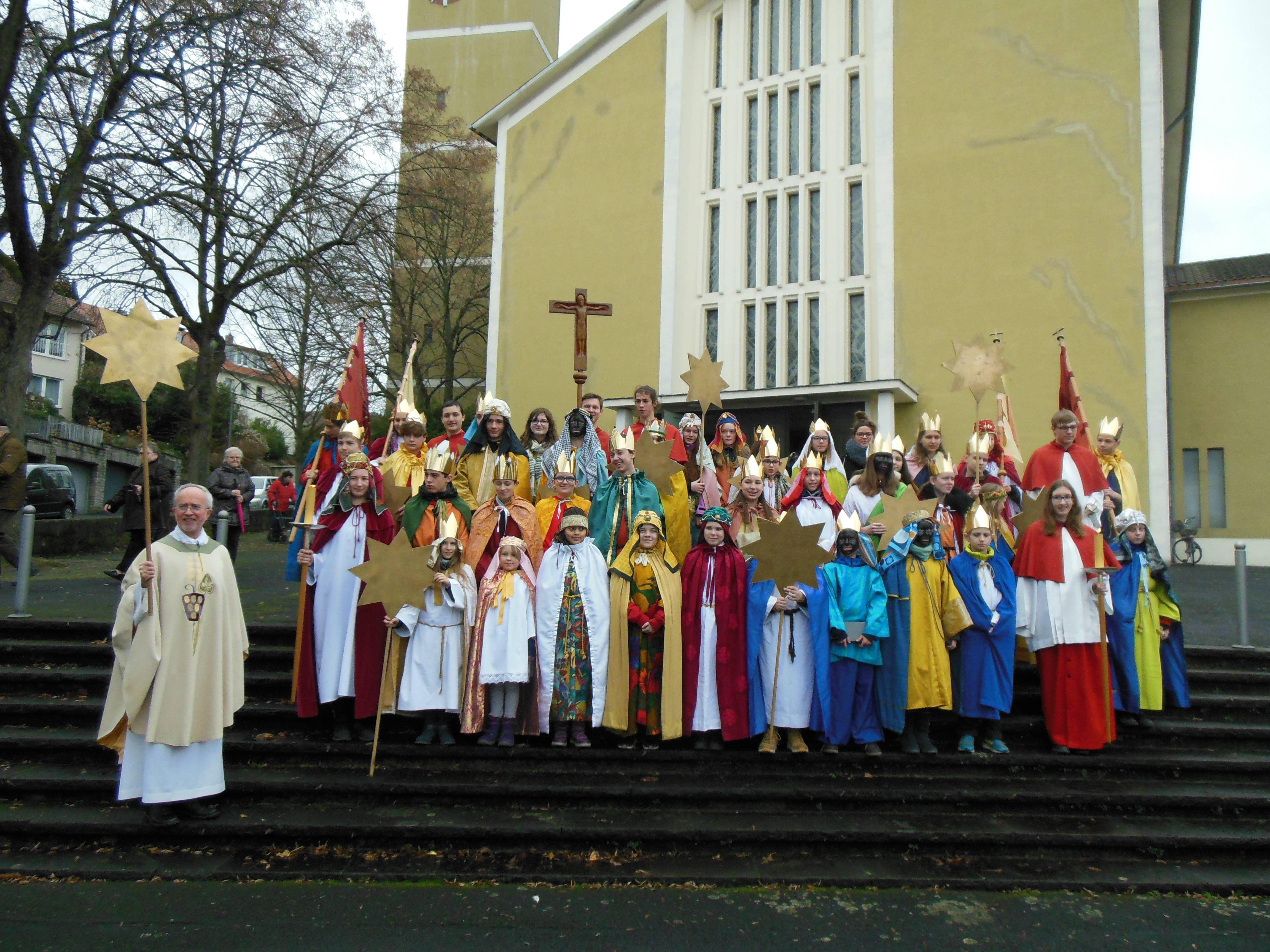 In 13 Gruppen waren die Sternsinger der Pfarreiengemeinschaft Heiligkreuz und St. Elisabeth in Würzburg unterwegs.
