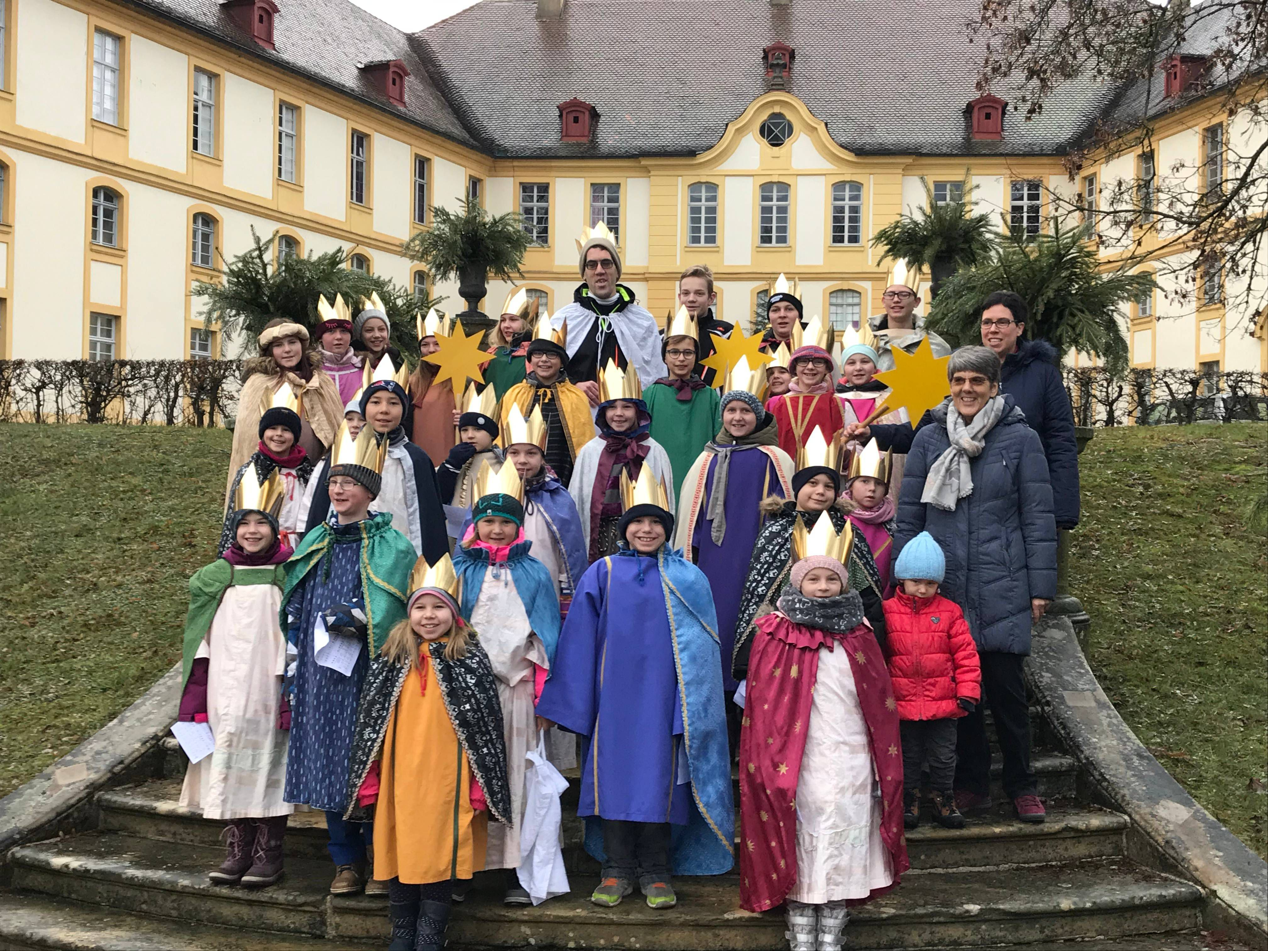 In Rentweinsdorf (Dekanat Haßberge) sind 27 Sternsinger unterwegs gewesen.
