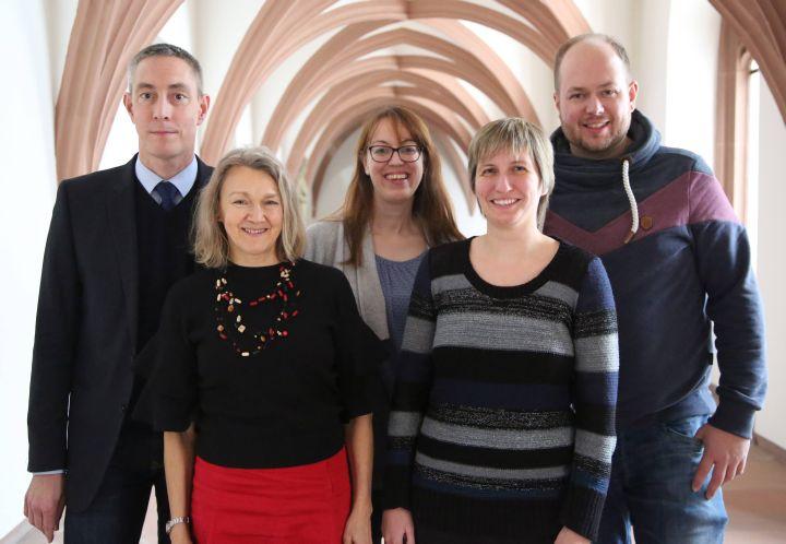 Von links: Das scheidende Sprecherteam Dirk Rudolph und Gudrun Heid zusammen mit den Nachfolgern Katrin Fuchs, Katja Roth und Sebastian Volk.