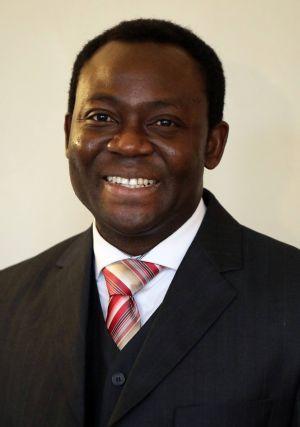 Pfarrer Dr. Blaise Okpanachi.