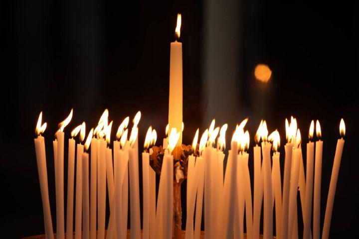 Seit dem vierten Jahrhundert werden am Lichtmesstag die für das nächste Jahr im Gottesdienst benötigten Kerzen geweiht.