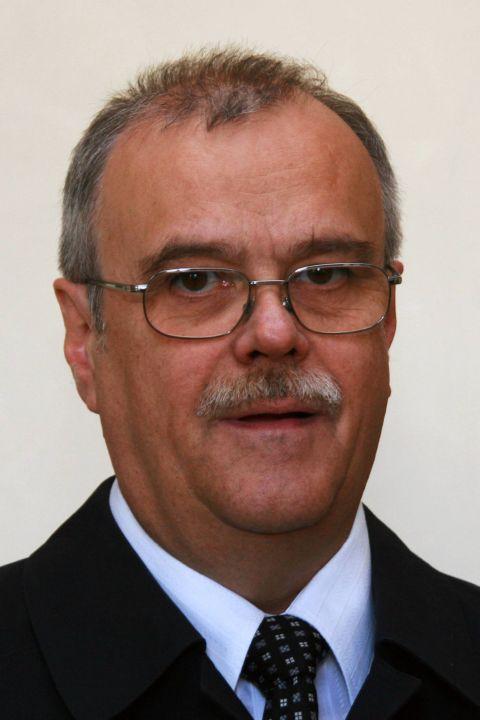 Pfarrer i. R. Reiner Fries.