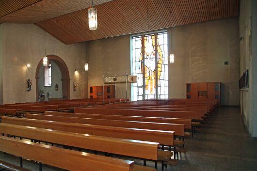 Die Pfarrkirche Sankt Bartholomäus in Motten wird ab Herbst 2019 teilweise rück- und neu aufgebaut. Der hintere Teil der alten Kirche wird zur neuen Kirche umgebaut.