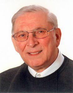 Pfarrer i. R. Wolfgang Seubert.