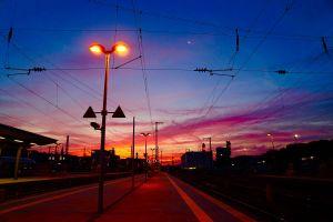 Ein Morgen im Oktober am Hauptbahnhof in Würzburg.