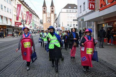 """Mit einem Kampagnen-Walk beteiligt sich der Diözesanverband Würzburg des Katholischen Deutschen Frauenbunds (KDFB) am Auftakt der bundesweiten KDFB-Kampagne """"bewegen!""""."""