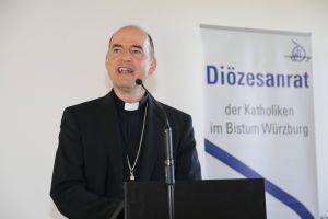Erste Zwischenergebnisse seiner Besuche in den Dekanate stellte Bischof Dr. Franz Jung vor.