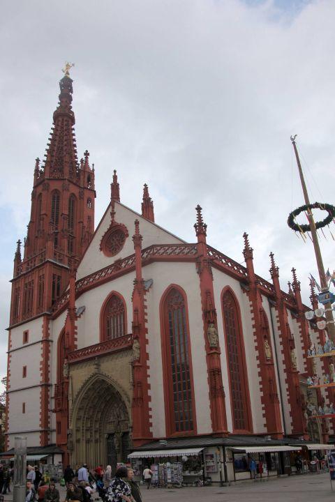 Die Marienkapelle am Würzburger Marktplatz.