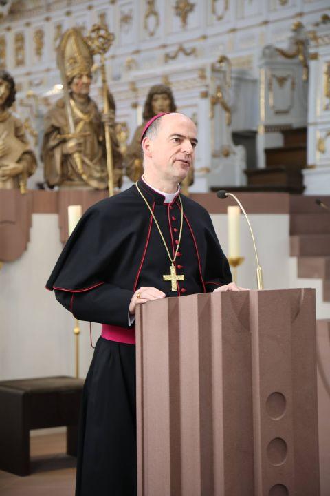 Bischof Dr. Franz Jung sprach beim Besinnungstag vor rund 230 Priestern und Diakonen im Würzburger Neumünster.