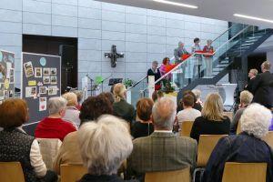 Mit einer Feierstunde im Martinushaus  wurde in Aschaffenburg das 10. Jubiläum des ökumenischen Kirchenladens begangen.