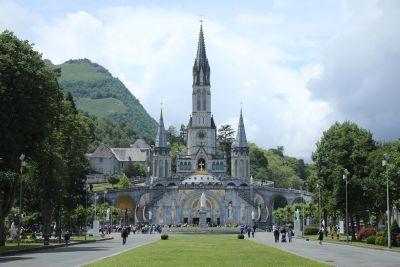 Der südwestfranzösische Marienwallfahrtsort Lourdes ist eines der Zeiele einer Pilgerfahrt, die von Domdekan Prälat Günter Putz geistlich begleitet wird.
