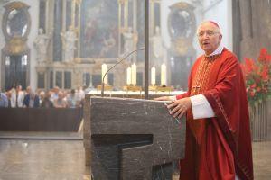 Vor einem Geist der Verzagtheit in Europa hat Weihbischof Ulrich Boom am Montagabend, 8. Juli, dem Hochfest der Frankenapostel, im Würzburger Kiliansdom gewarnt.