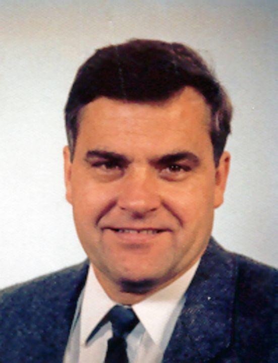 Diakon i. R. Herbert Mahl.