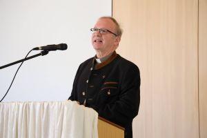 Generalvikar Thomas Keßler betonte, er habe keinen einfachen Masterplan in der Tasche. Grundsätzlich gehe es darum, wie die Kirche die Frohe Botschaft positiv zu den Menschen bringen könne.