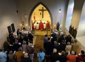 Das Abschlussgebet fand in der Pfarrkirche Mariä Himmelfahrt statt.