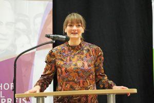 """""""Es ist wahnsinnig wichtig, dass sich junge Menschen engagieren"""", sagte Judith Gerlach, bayerische Staatsministerin für Digitales."""