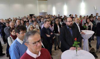 Zahlreiche Mitarbeiterinnen und Mitarbeiter des Bischöflichen Ordinariats und auch Bischof Dr. Franz Jung nahmen an der Veranstaltung teil.