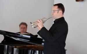 Musikalisch wurde die Feier von Diözesanmusikdirektor Gregor Frede (Klavier) und Johannes Mauer (Trompete) gestaltet.