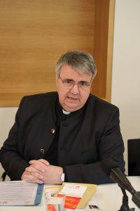 Domkapitular Clemens Bieber, Vorsitzender des Diözesan-Caritasverbands