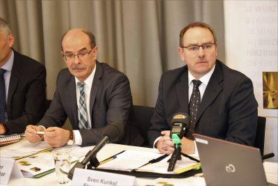 Bischöflicher Finanzdirektor Sven Kunkel (rechts) und sein Stellvertreter Andreas Hammer.