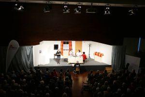 """Mit der Premiere zweier Stücke feierte die Theatergruppe """"Spätlese"""" des Katholischen Senioren-Forums ihr 25-jähriges Bestehen im Saal des Martinushauses."""