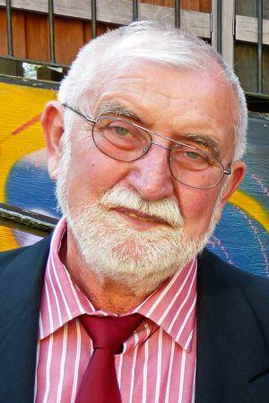 Diakon i. R. Richard Pollak.