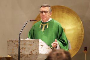Der Beruf des Lehrers sei eine Sendung, sagte Hochschulreferent Domkapitular Dr. Helmut Gabel in seiner Predigt.