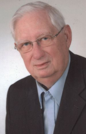 Pfarrer i. R. Anton Wegstein