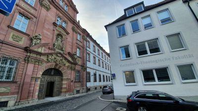 Das Würzburger Priesterseminar und die Katholisch-Theologische Fakultät sind direkte Nachbarn.