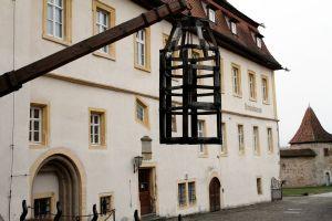 Der lange Weg des Rechts – Das Kriminalmuseum Rothenburg wird einhundert Jahre alt: Das Kriminalmuseum liegt im Herzen von Rothenburg