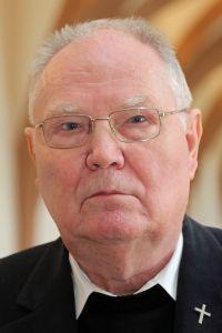 Pfarrer i. R. Paul Hilbert.