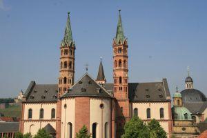 Ab Christi Himmelfahrt, 21. Mai, gilt wegen der Corona-Pandemie eine neue Gottesdienstordnung im Würzburger Kiliansdom.