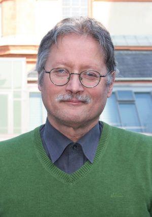 Klaus Köhler (60) von der Katholischen Arbeitnehmerbewegung ist für die Region Würzburg Ansprechpartner bei Problemen mit arbeitsrechtlichem Hintergrund.