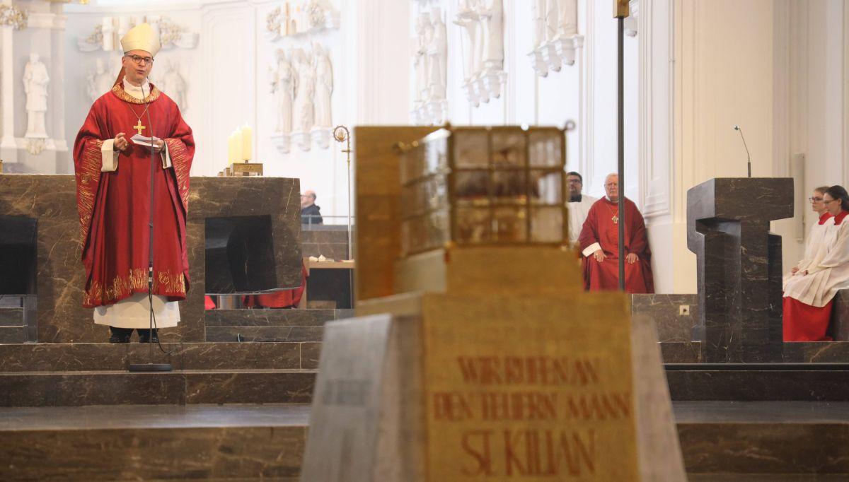 Mit einem feierlichen Pontifikalgottesdienst im Würzburger Kiliansdom ist am Sonntag, 5. Juli, die Kiliani-Wallfahrtswoche 2020  eröffnet worden.