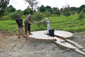Das Würzburger Partnerkaffee unterstützt die Landwirte in Tansania, hier mit einem Brunnen in Tunduru, im Süden des Landes.