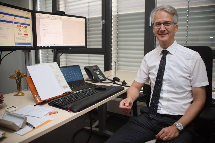 Diakon Dr. Martin Faatz, Leiter der Hauptabteilung Zentrale Aufgaben des Bistums Würzburg.