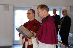 Bischof Dr. Franz Jung (links) und der neue Generalvikar Domdekan Dr. Jürgen Vorndran.