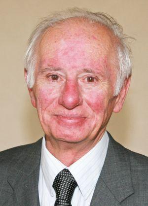 Pfarrer i. R. Anton Heußlein