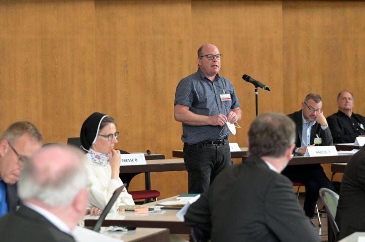 Marcus Schuck meldet sich beim Treffen des Synodalen Wegs zu Wort. Vor allem hat er sich das Thema Sexuallehre vorgenomnen.
