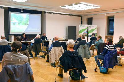 Mitgliederversammlung der Katholischen Landbewegung im Exerzitienhaus Himmelspforten.