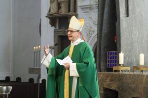 Hoffnungsträger würden zu allen Zeiten benötigt, nahm Bischof Dr. Franz Jung in seiner Predigt Bezug auf das Leitwort der Diaspora-Aktion.