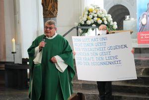 Monsignore Georg Austen, Generalsekretär des Bonifatiuswerks, eröffnete die Diaspora-Aktion.