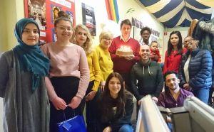 """Mit dem Projekt """"Samstags-Akademie für Auszubildende mit Migrationshintergrund"""" unterstützt die Gemeinschaft Sant'Egidio  junge Menschen beim Einstieg in die Ausbildungs- und Berufswelt. Aber auch gemeinsame Freizeitaktivitäten kommen nicht zu kurz."""