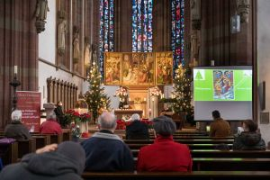 Zu einer weihnachtlichen Andacht lud die Gemeinschaft Sant'Egido am 25. Dezember unter anderem in die Würzburger Marienkapelle ein.
