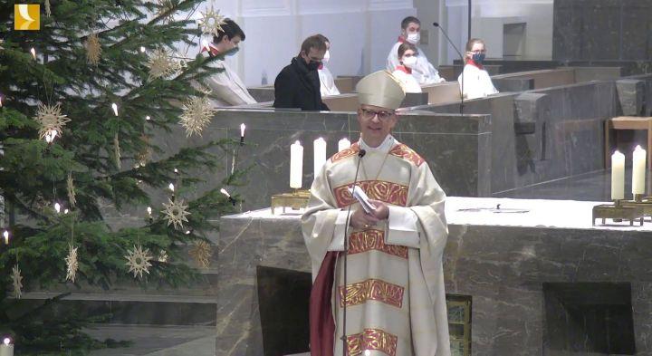 Bischof Dr. Franz Jung ermunterte in seiner Silvesterpredigt dazu, die kirchliche Wirklichkeit als Wachstumsangebot zu sehen.